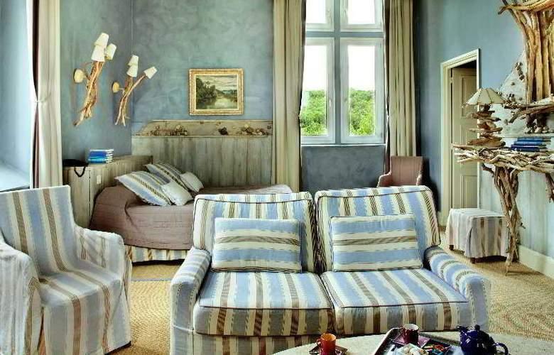Chateau Des Reynats - Room - 3