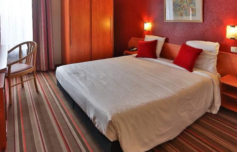 Best Western Leonardo Charleroi - Room - 1