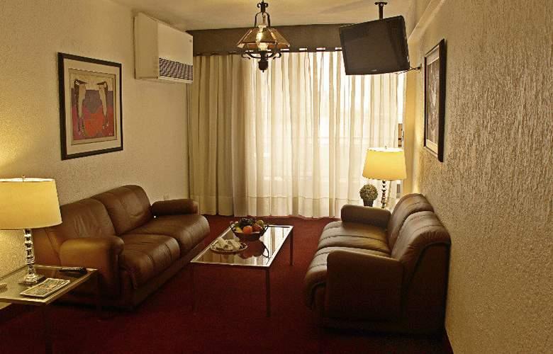 El Condado Miraflores Apart & Suites - Room - 5