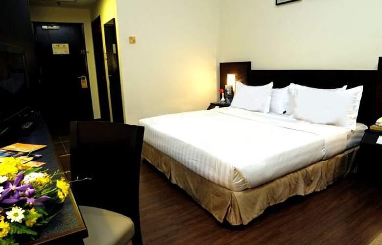 Hotel Sentral Johor Bahru - Room - 8
