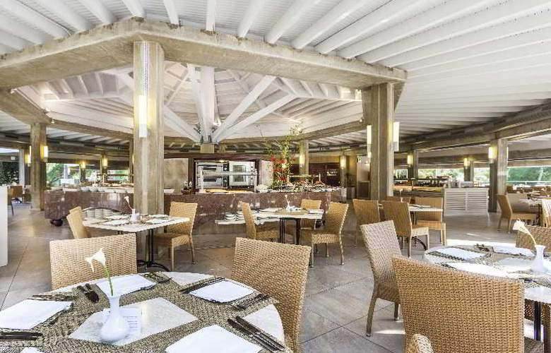 Insotel Cala Mandia Resort & Spa - Restaurant - 26