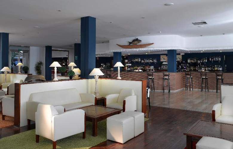 Grand Palladium Palace Ibiza Resort & Spa - Bar - 19