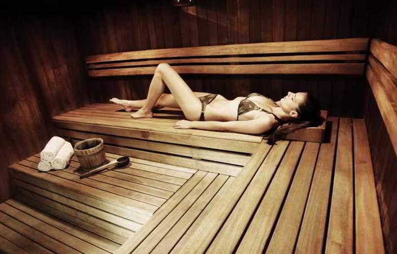 The Aquincum Hotel Budapest - Pool - 11