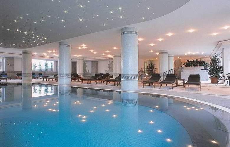 Pestana Royal Premium Ocean & Spa Resort - Pool - 5