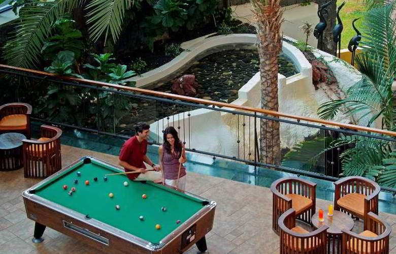 Papagayo Beach Resort Sandos - Bar - 6
