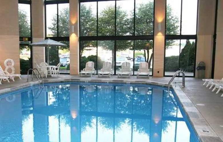 Hampton Inn Indianapolis-Ne/Castleton - Hotel - 2