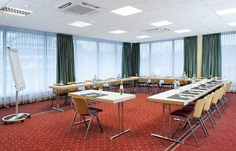 NH Erlangen - Conference - 12