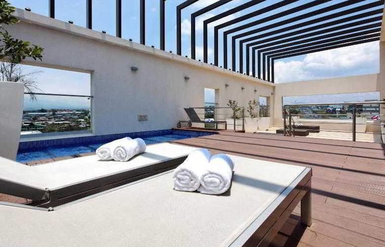 Holiday Inn San Jose Escazu - Terrace - 28