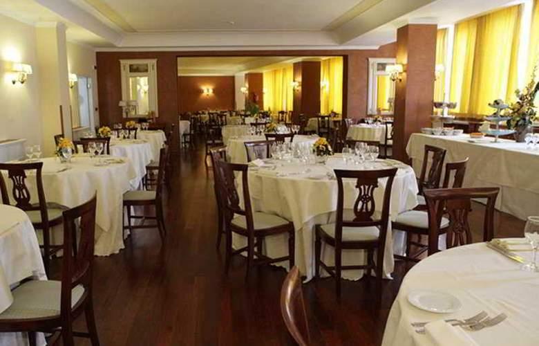Grand Hotel Bonaccorsi - Restaurant - 8