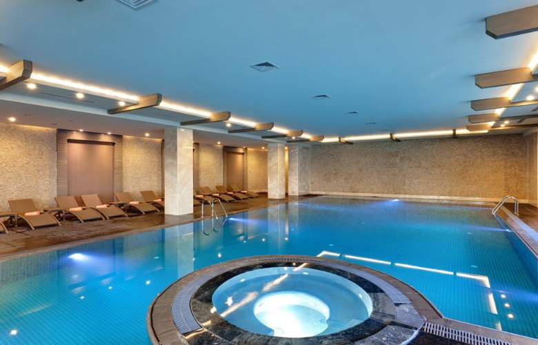 Sherwood Dreams Hotel - Pool - 15
