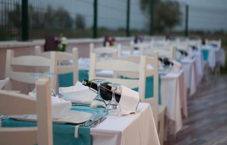 Water Side Delux Resort - Restaurant - 85