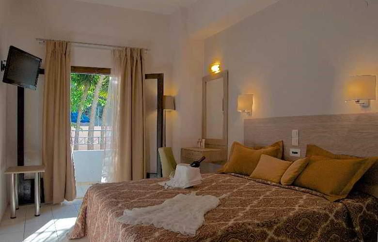 Blue Island Hotel - Room - 3