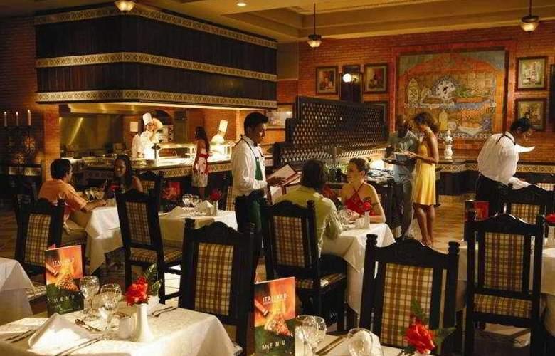 Riu Santa Fe All Inclusive - Restaurant - 5