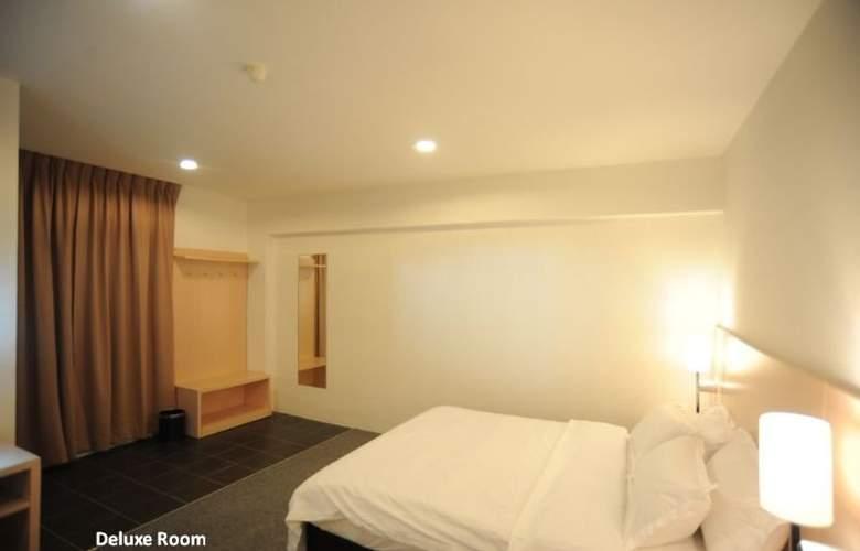 Super 8 Hotels - Room - 3