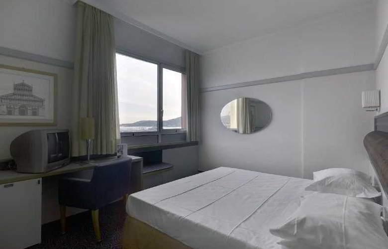 NH La Spezia - Room - 3