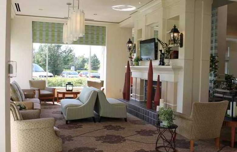 Hilton Garden Inn Addison - Hotel - 0