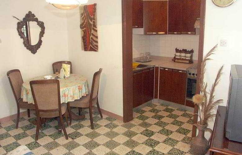 Duje 2 Apartments - Room - 2