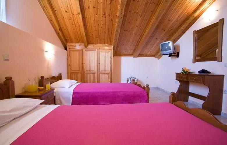 Pansion Filoxenia Apartments & Studios - Room - 13