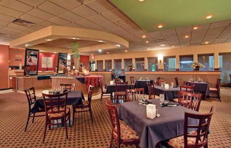 Holiday Inn Calgary Macleod Trail South - Restaurant - 27