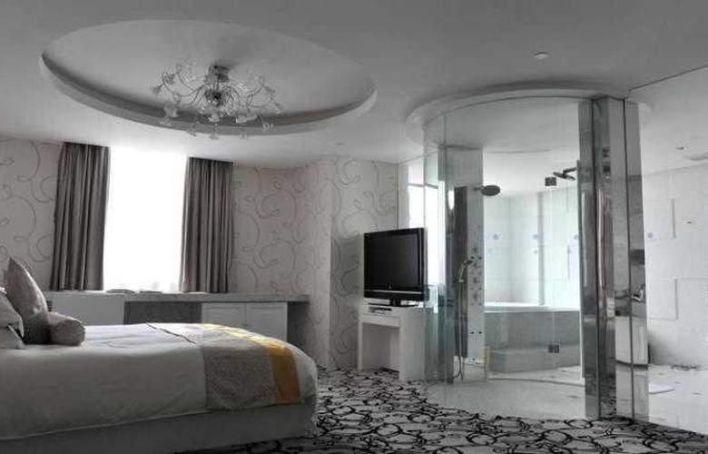 Tian Ping - Room - 12