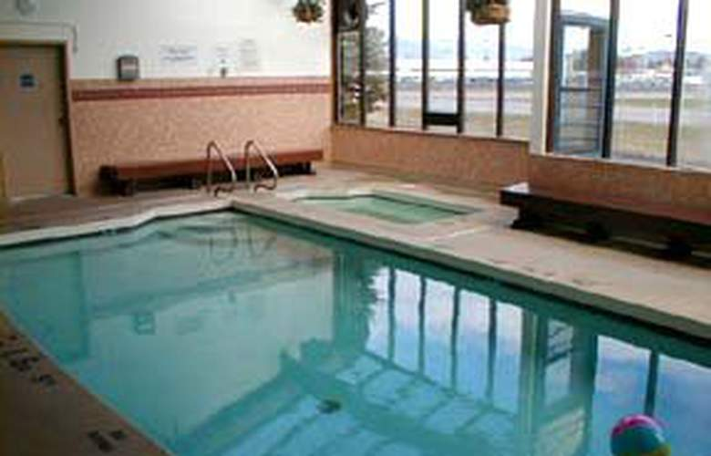 Comfort Inn (Mt. Vernon) - Pool - 2