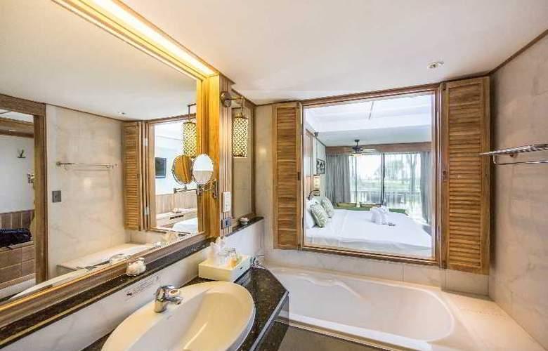 Katathani Phuket Beach Resort - Room - 13