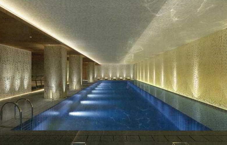The Ritz Carlton Tianjin - Pool - 3