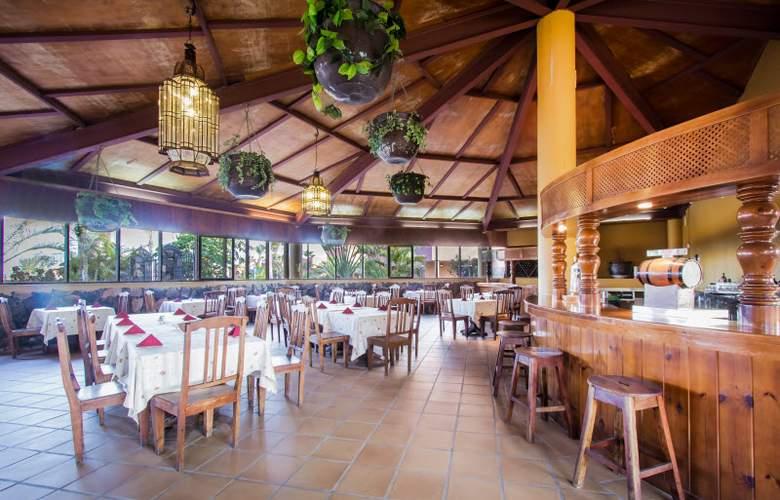 Oasis Papagayo Resort - Restaurant - 28