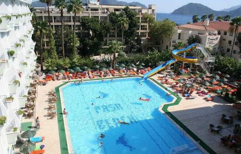 Pasa Beach Hotel - Pool - 9