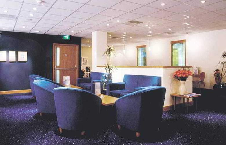 Waterford Travelodge - Bar - 6