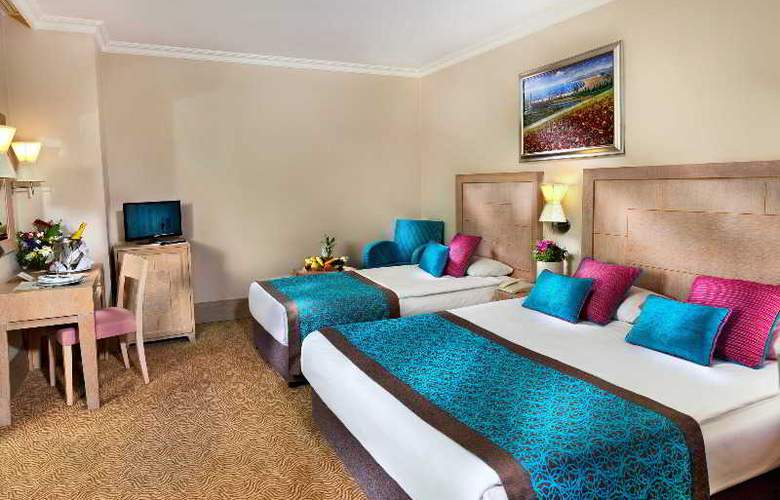 Crystal De Luxe Resort & Spa - Room - 13