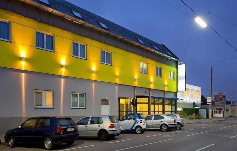 Vienna Sporthotel - Hotel - 4
