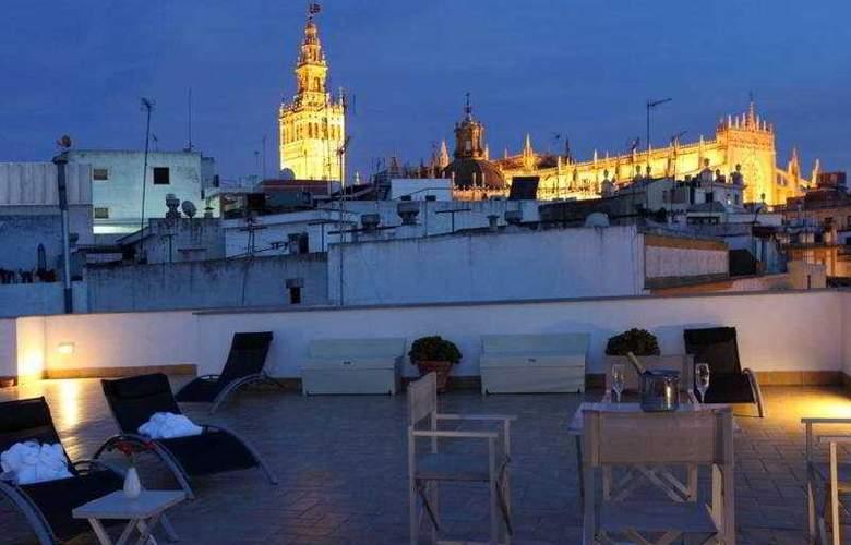 Petit Palace Marques Santa Ana - Terrace - 19