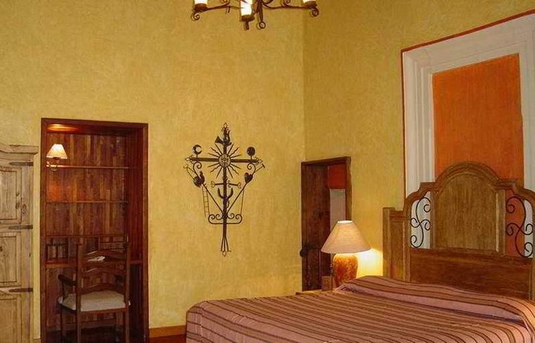 Ciudad Real Centro Historico - Room - 6