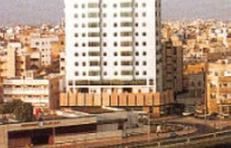 Saint George - Hotel - 0