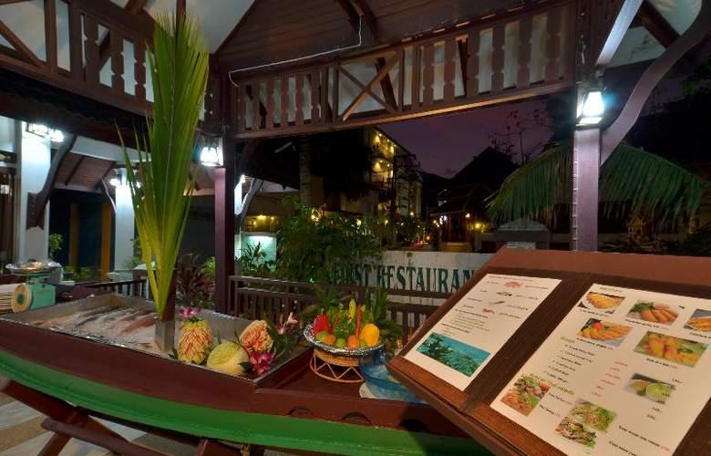 First Bungalow Beach Resort - Restaurant - 30