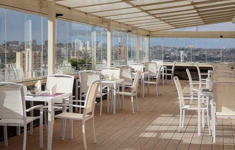 Best Western Plus Liberte Hotel - Hotel - 26