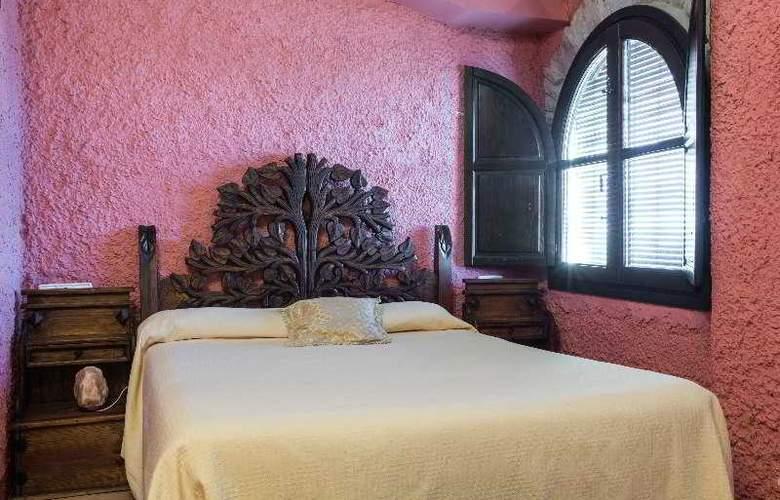 Palacio Guzmanes Hospederia Rural - Room - 19