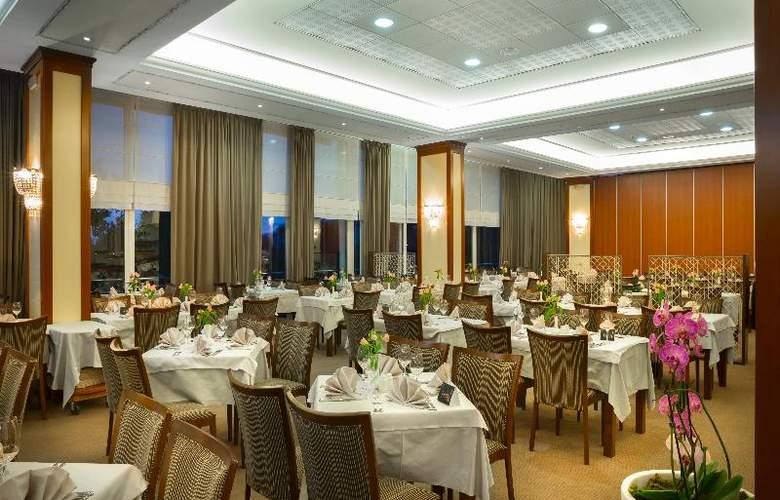 Villa Ambasador - Restaurant - 22