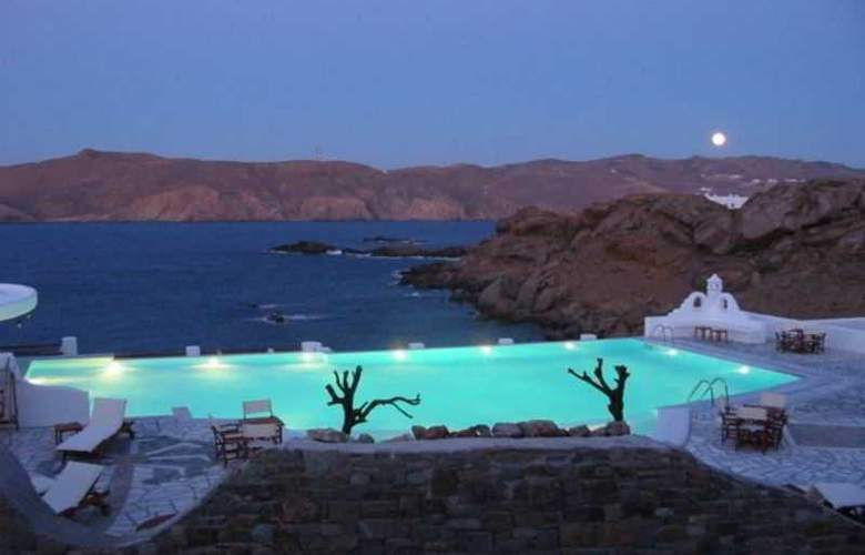 Mykonos Star - Pool - 13