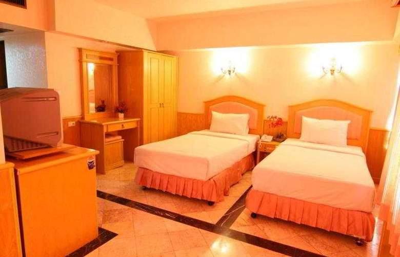 13 Coins Hotel Suvarnabhumi Minburi - Room - 4