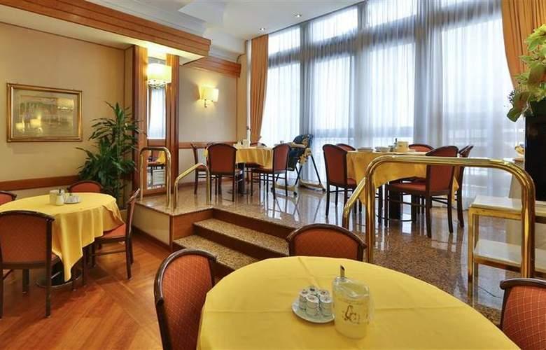 President - Restaurant - 90