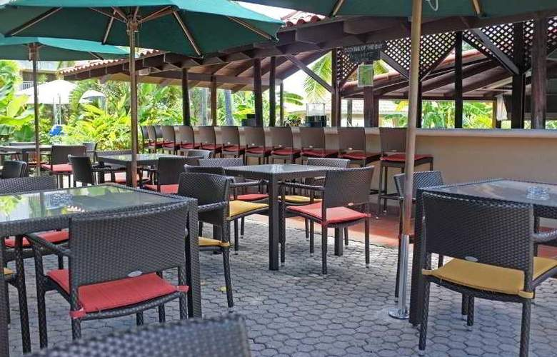 Radisson Grenada Beach Resort - Bar - 5