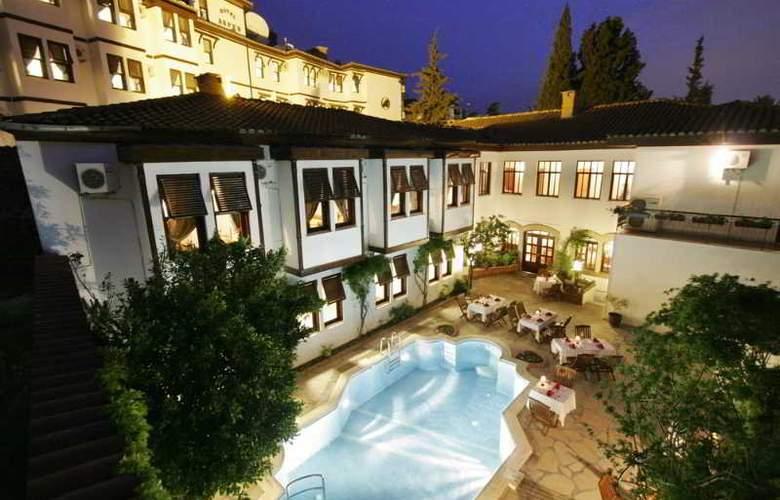 Aspen Boutique Hotel - Pool - 5
