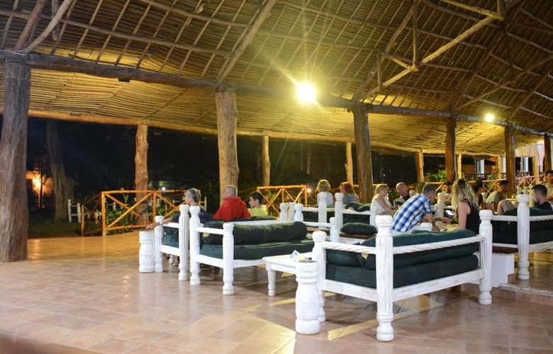 Bravo Club Kiwengwa - Bar - 4