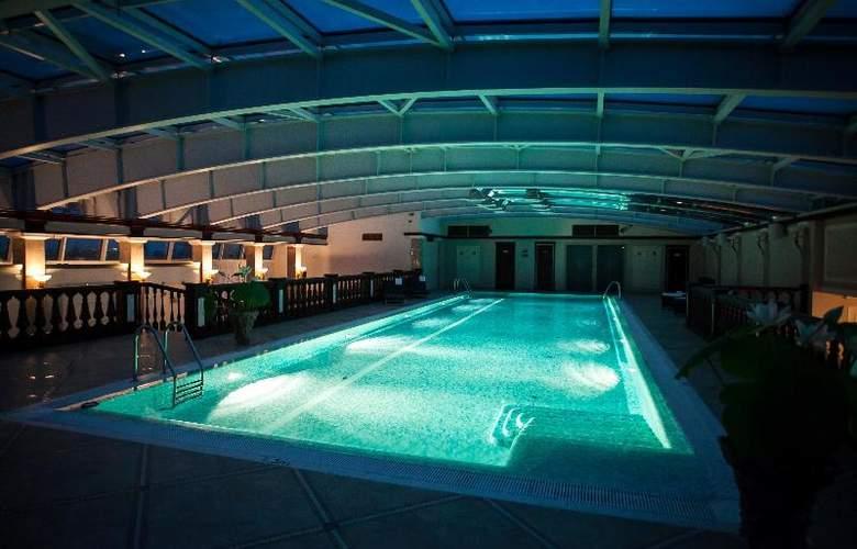 Taleon Imperial - Pool - 13