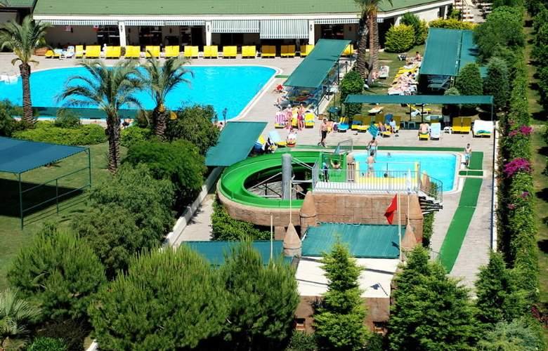 SIDE BREEZE HOTEL - Pool - 16