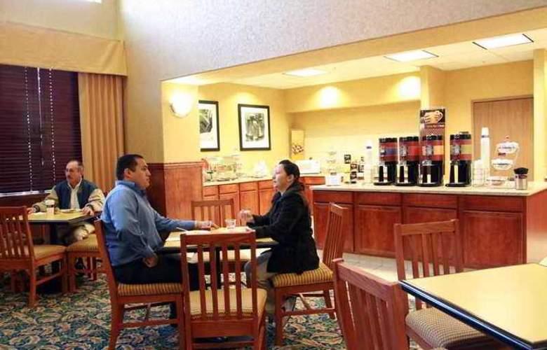 Hampton Inn & Suites Palmdale - Hotel - 10