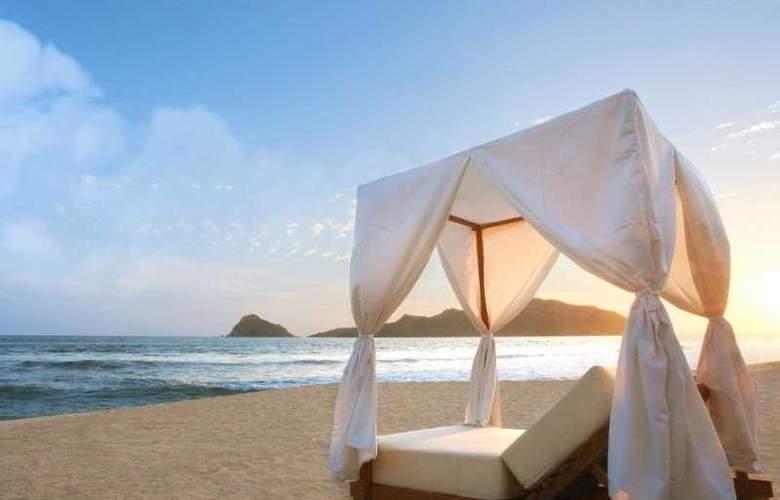 Emporio Mazatlan - Beach - 3