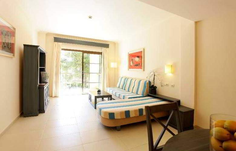 Zafiro Park Cala Mesquida - Room - 3